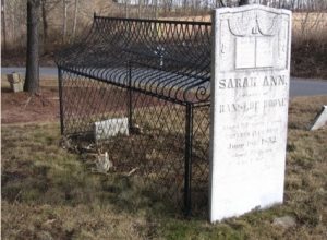 Sara Ann grave in PA. Bob Salerni photo.